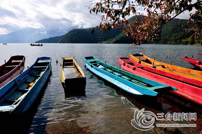 泸沽湖-船