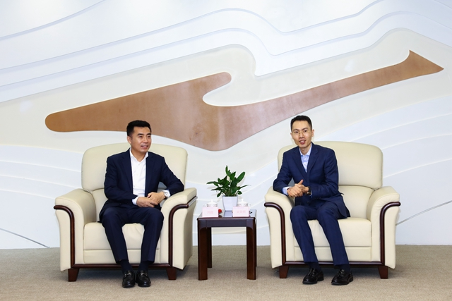 中共绵阳市委刘超书记在三台鸿星尔克集