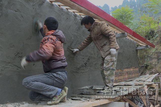 广利乡:看望慰问农民工为人才回